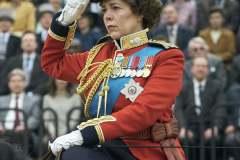 Olivia-Colman-nei-panni-della-Regina-Elisabetta-II